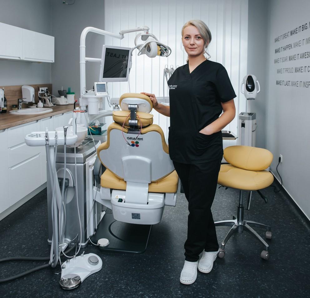 despre detartraj cu ultrasunete, despre periaj profesional, despre air flow, neomedica orthos
